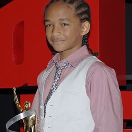 "Smith, Jaden / Photocall ""The Karate Kid"" - Breakthrough Male Star of the Year, ShoWest 2010 Poster"