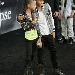 "Smith, Willow / Smith, Jaden / Premiere von ""The Twilight Saga: Eclipse"", Los Angeles Poster"