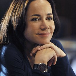 Criminal Minds: Team Red / Janeane Garofalo