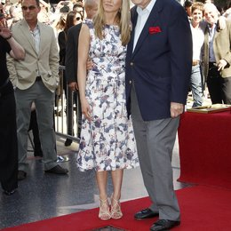 Jennifer Aniston und Vater / Ein Stern für Jennifer Aniston am Hollywood Walk of Fame