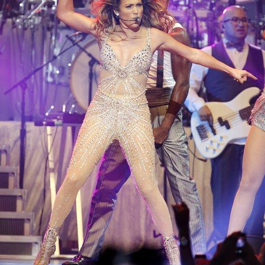 "Jennifer Lopez / ""Dance around the World Tour"" 2012"