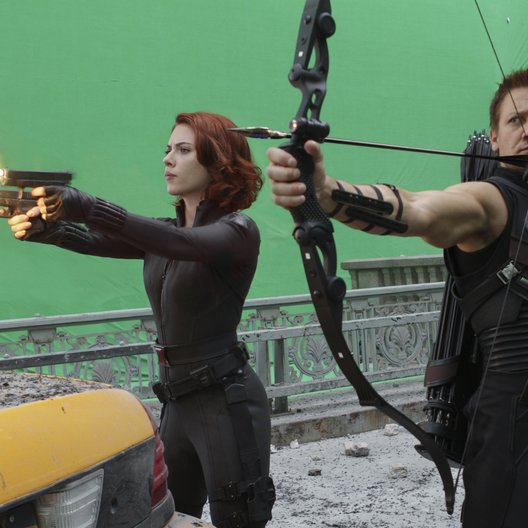 Marvel's The Avengers / Set / Scarlett Johansson / Jeremy Renner