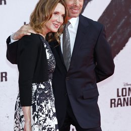 """Jerry Bruckheimer und Frau Linda / Filmpremiere """"Lone Ranger"""" Poster"""