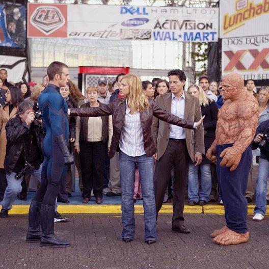 Fantastic Four / Chris Evans / Jessica Alba / Ioan Gruffudd / Michael Chiklis Poster