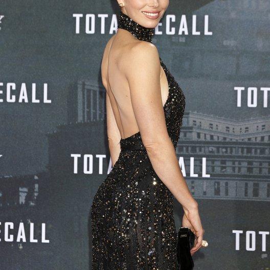 "Jessica Biel / Filmpremiere ""Total Recall"" Poster"
