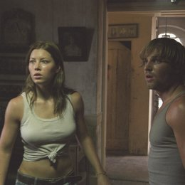 Michael Bay's Texas Chainsaw Massacre / Jessica Biel / Mike Vogel Poster