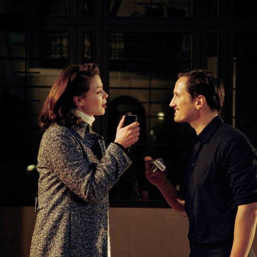 Warum Männer nicht zuhören und Frauen schlecht einparken können / Jessica Schwarz / Benno Fürmann Poster