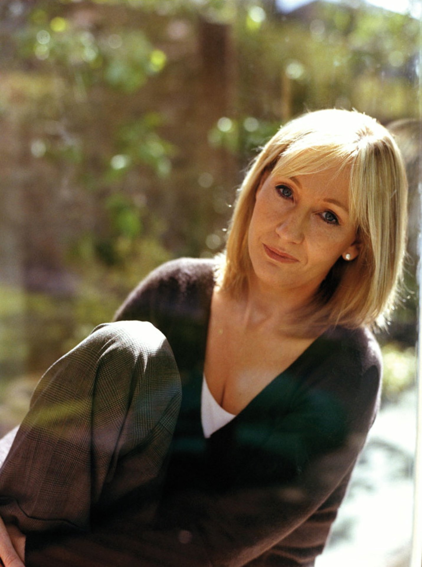 joanne k rowling 1965 portrait. Black Bedroom Furniture Sets. Home Design Ideas