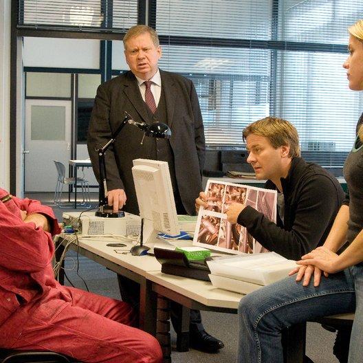 Staatsanwalt: Lass die Toten ruhen, Der (ZDF) / Rainer Hunold / Jochen Nickel / Fiona Coors / Marcus Mittermeier Poster