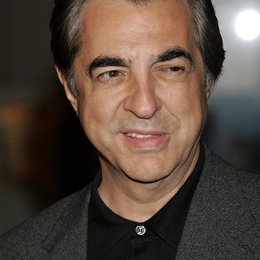 "Joe Mantegna / Premiere von ""The Kiod & I"" at Mann's Chinese Theater Poster"