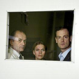 Weissensee (2. Staffel, 6 Folgen) (ARD) / Folge 7 Der verlorene Sohn / Jörg Hartmann / Anna Loos / Horst-Günter Marx Poster