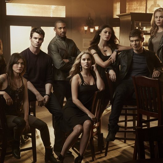 Originals, The / Joseph Morgan / Claire Holt / Charles Michael Davis / Daniel Gillies / Phoebe Tonkin / Danielle Campbell / Leah Pipes / Daniella Pineda