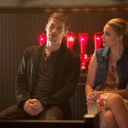 Originals, The / Joseph Morgan / Leah Pipes Poster