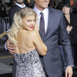 "Stacy Ferguson / Josh Duhamel / Filmpremiere ""New Year's Eve"" Poster"