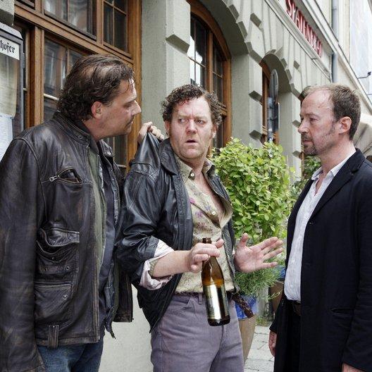 Kommissar Süden und das Geheimnis der Königin (ZDF) / Ulrich Noethen / Martin Feifel / Jürgen Tonkel Poster