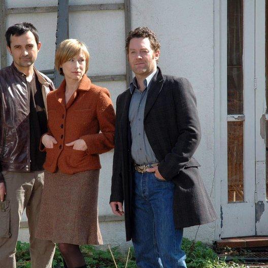 Rose / Harald Schrott / Corinna Harfouch / Jürgen Tonkel