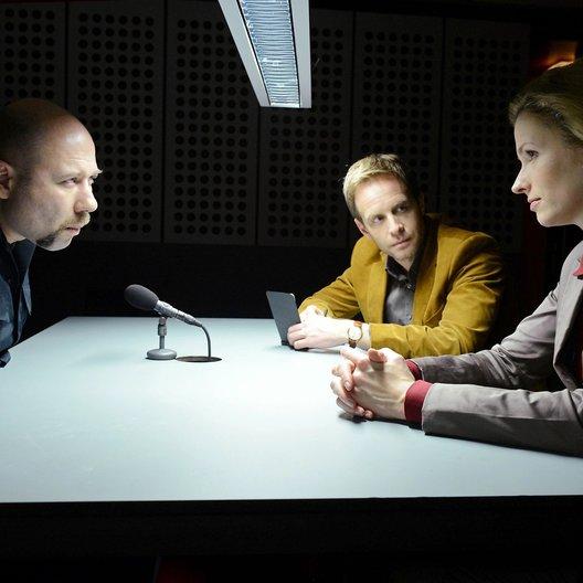 Medcrimes - Nebenwirkung Mord / Medcrimes (RTL / ORF) / Adina Vetter / Julian Weigend / Maxim Kowalewski Poster