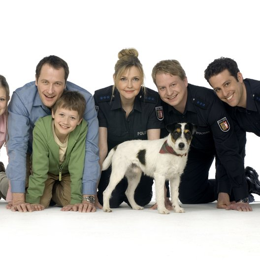 Da kommt Kalle (1. Staffel, 12 Folgen) (ZDF) / Iris Mareike Steen / Markus Knüfken / Julius Römer / Katharina Schubert / Lars Gärtner / Max Landgrebe Poster