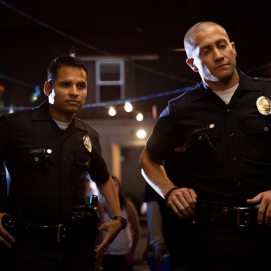 End of Watch / Michael Peña / Jake Gyllenhaal Poster