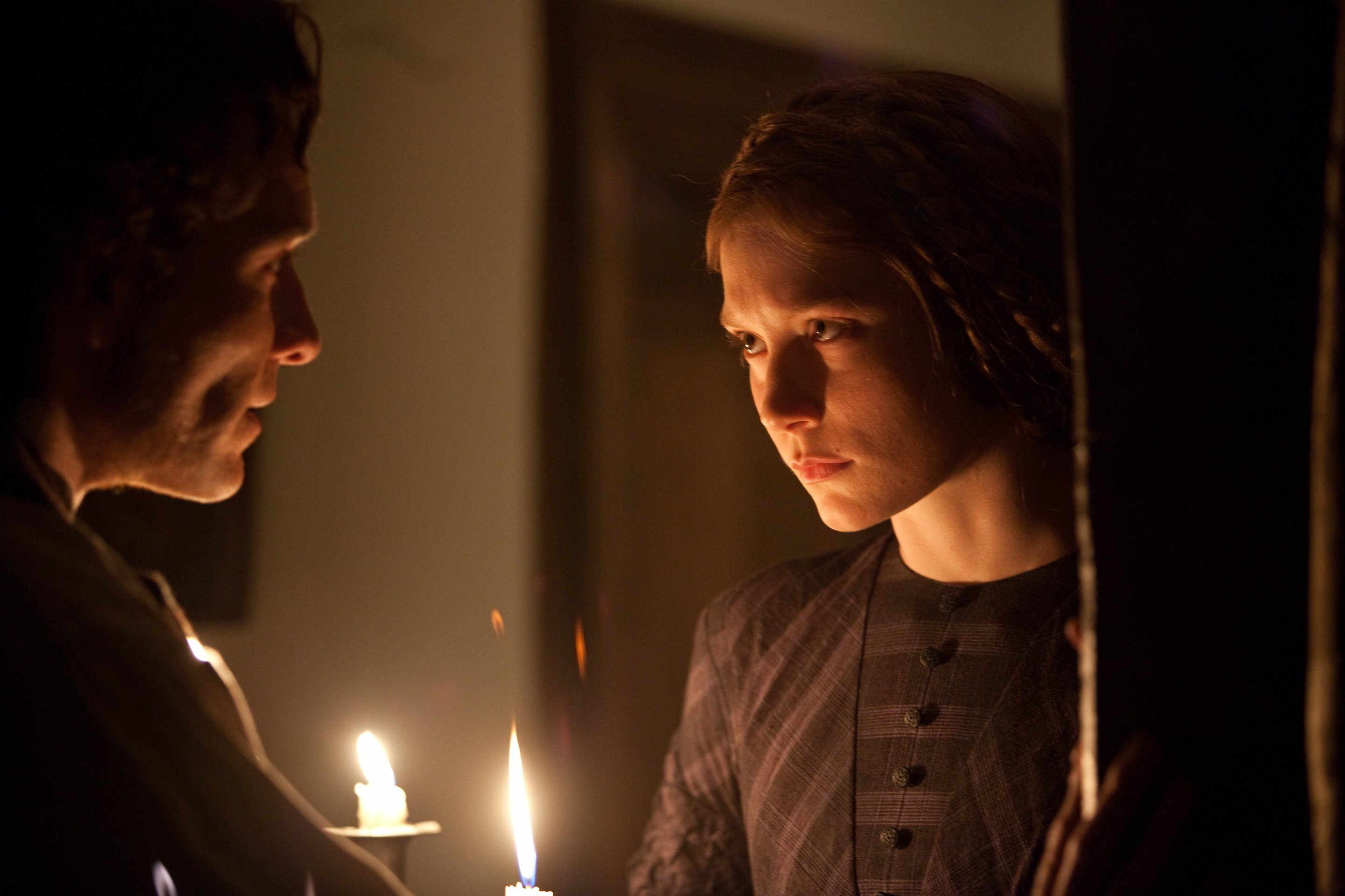 "jane eyre the main 5 gothic Review: 'jane eyre' a hauntingly effective gothic drama  mar 10, 2011 5:13  am  charlotte brontë's immortal ""jane eyre,"" which seems to be adapted  somewhere, by someone, every couple of years, some key decisions must be  made."
