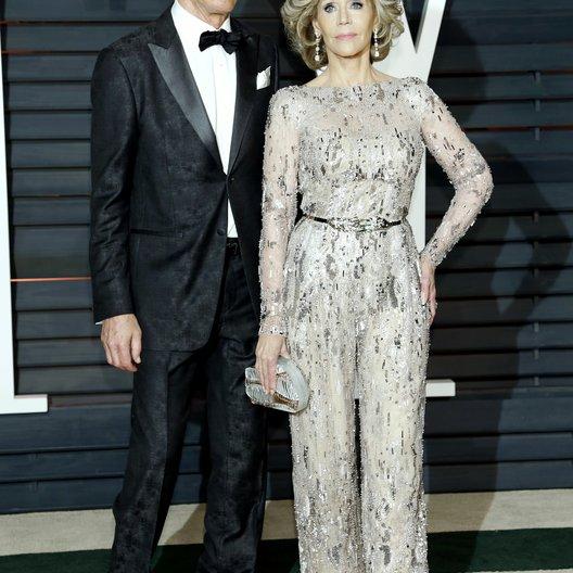 Perry, Richard / Fonda, Jane / Vanity Fair Oscar Party 2015 Poster