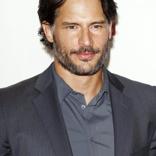"Joe Manganiello / Filmpremiere ""True Blood"" Poster"