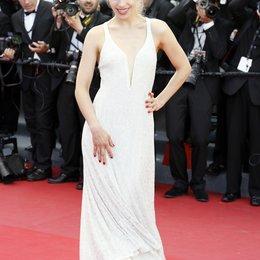 Dietze, Julia / 66. Internationale Filmfestspiele von Cannes 2013 Poster