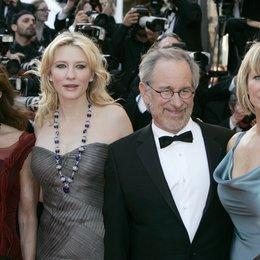 Allen, Karen / Cate Blanchett / Steven Spielberg / Kate Capshaw / 61. Filmfestival Cannes 2008 Poster