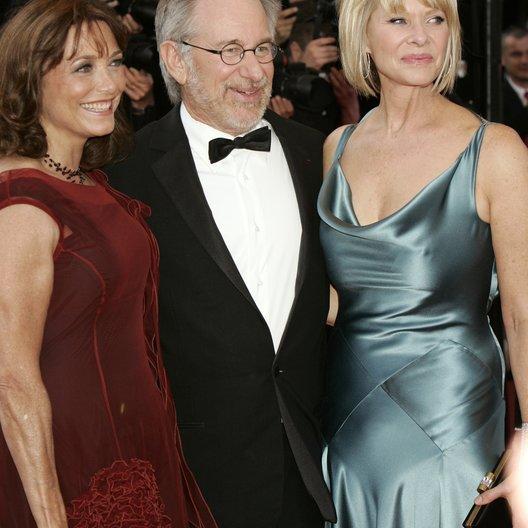 Allen, Karen / Steven Spielberg / Kate Capshaw / 61. Filmfestival Cannes 2008 Poster