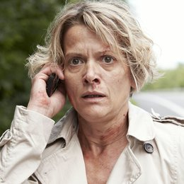 Countdown - Die Jagd beginnt (Staffel 03, 8 Folgen) / Karin Giegerich Poster
