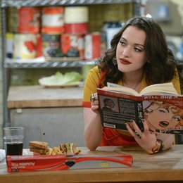 2 Broke Girls - Die komplette 2. Staffel / Kat Dennings Poster