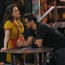 2 Broke Girls / Kat Dennings / Nick Zano Poster