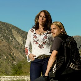 Sons of Anarchy / Katey Sagal / Charlie Hunnam Poster