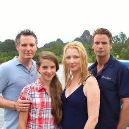 Wiedersehen in Malaysia (ARD) / Stephan Luca / Max Urlacher / Leonie Brill / Katja Studt