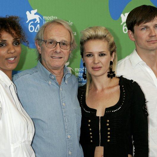 Ellis, Juliet / Loach, Ken / Wareing, Kierston / Zurek, Leslaw / 64. Filmfestspiele Venedig 2007 / Mostra Internazionale d'Arte Cinematografica