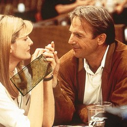 Tin Cup / Rene Russo / Kevin Costner Poster