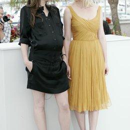 Charlotte Gainsbourg / Kirsten Dunst / 64. Filmfestspiele Cannes 2011 Poster