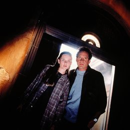 Im Jenseits sind noch Zimmer frei / Kirsten Dunst / Steve Guttenberg Poster
