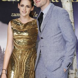 "Kristen Stewart / Robert Pattinson / Filmpremiere ""Breaking Dawn - Biss zum Ende der Nacht, Teil 2"" in Berlin"
