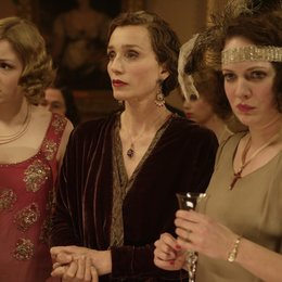Easy Virtue - Eine unmoralische Ehefrau / Easy Virtue / Kimberley Nixon / Kristin Scott Thomas / Katherine Parkinson