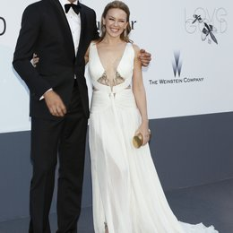 Velencoso, Andres / Minogue, Kylie / 20th amfAR Cinema Against AIDS Gala / 66. Internationale Filmfestspiele von Cannes 2013 Poster