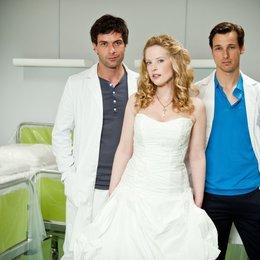 Doctor's Diary - Männer sind die beste Medizin: Skandal! Hochzeitsnacht zu dritt (RTL / ORF) / Kai Schumann / Diana Amft / Florian David Fitz Poster