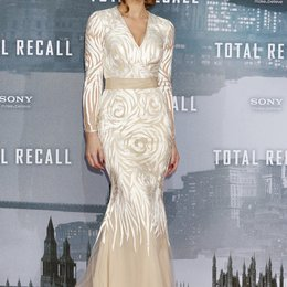 "Kate Beckinsale / Filmpremiere ""Total Recall"" Poster"