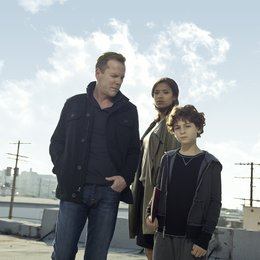 Touch / David Mazouz / Kiefer Sutherland / Gugu Mbatha-Raw