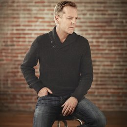 Touch / Kiefer Sutherland