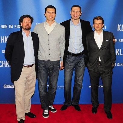 Klitschko / Pressekonferenz am 7.4.2011 in Berlin / Sebastian Dehnhardt / Wladimir Klitschko / Vitali Klitschko / Leopold Hoesch Poster