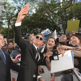 Knives Out - Mord ist Familiensache / 44. Toronto International Film Festival (2019) - Daniel Craig bei der Premiere von »Knives Out« Poster