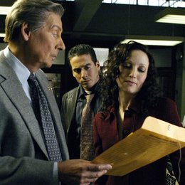 Law & Order: Trial by Jury / Jerry Orbach / Bebe Neuwirth / Kirk Acevedo Poster