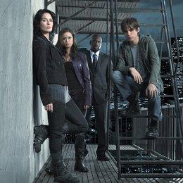 Terminator: S.C.C. (01. Staffel, 9 Folgen) / Lena Headey / Summer Glau / Thomas Dekker / Richard T. Jones Poster
