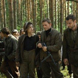 Unbeugsam - Defiance / Defiance / George Mckay / Jamie Bell / Alexa Davalos / Daniel Craig / Liev Schreiber